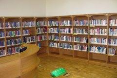 regal-biblioteczny-3